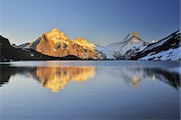 snow capped - Lake Bachalpsee Stock Photo - Premium Royalty-Freenull, Code: 6106-07593609
