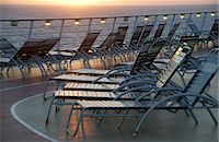 ships at sea - Deck chairs Stock Photo - Premium Royalty-Freenull, Code: 6106-07594166