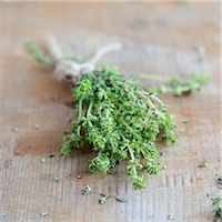 A bunch of thyme Stock Photo - Premium Royalty-Freenull, Code: 659-07597480