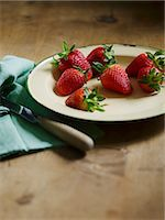 strawberries - Strawberries on a plate Stock Photo - Premium Royalty-Freenull, Code: 659-07598346
