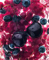 strawberries - Cherries, blueberries and strawberries Stock Photo - Premium Royalty-Freenull, Code: 659-07599371