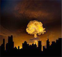 exploding - Urban Mushroom Cloud Explosion Stock Photo - Premium Royalty-Freenull, Code: 6106-07601837