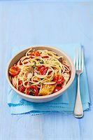 smoked - Spaghetti with cherry tomatoes and smoked mackerel Stock Photo - Premium Royalty-Freenull, Code: 659-07609823
