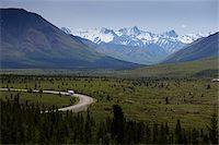 Road through Denali National Park, Alaska, USA Stock Photo - Premium Royalty-Freenull, Code: 600-07650786