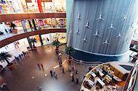 shopping mall - Middle East, United Arab Emirates, Dubai, fountain at Dubai Mall Stock Photo - Premium Rights-Managednull, Code: 862-07690938