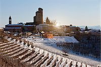 small town snow - Buildings on snowy rural hillside Stock Photo - Premium Royalty-Freenull, Code: 6122-07703912
