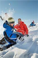 Family having snowball fight, Bavaria, Germany Stock Photo - Premium Royalty-Freenull, Code: 6121-07740072