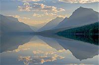 Glacier NP Lake McDonald sunrise Stock Photo - Premium Royalty-Freenull, Code: 6106-07761758