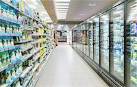 supermarket not people - Empty aisle in grocery store Stock Photo - Premium Royalty-Freenull, Code: 6113-07790939