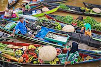 Indonesia, South Kalimatan, Lok Baintan. A picturesque floating market scene on the Barito River. Stock Photo - Premium Rights-Managednull, Code: 862-07909926