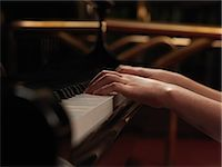preteens fingering - Close up of girls hands playing piano keys Stock Photo - Premium Royalty-Freenull, Code: 649-08085139