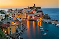 Top view at sunrise of the picturesque sea village of Vernazza, Cinque Terre, Liguria, Italy Stock Photo - Premium Rights-Managednull, Code: 862-08090383
