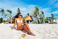 sandi model - South East Asia, Philippines, The Visayas, Cebu, Malapascua island, girl on Bounty beach (MR) Stock Photo - Premium Rights-Managednull, Code: 862-08091028