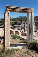 Ruined colonnaded Main Street, Patara, near Kalkan, Lycia, Antalya Province, Mediterranean Coast, Southwest Turkey, Anatolia, Turkey, Asia Minor, Eurasia Stock Photo - Premium Rights-Managednull, Code: 841-08102219