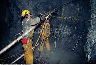 Miners Working in Gold Mine Ontario, Canada    Stock Photo - Premium Rights-Managed, Artist: Peter Christopher, Code: 700-00009905