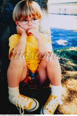 Boy Sitting Under Tree    Stock Photo - Premium Rights-Managed, Artist: Robert Karpa, Code: 700-00024228