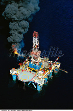 Aerial View of Offshore Oil Drilling, Malaysia    Stock Photo - Premium Rights-Managed, Artist: R. Ian Lloyd, Code: 700-00026399