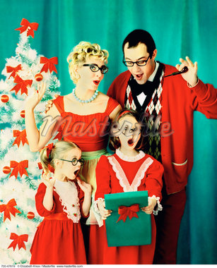 Portrait of Family at Christmas    Stock Photo - Premium Rights-Managed, Artist: Elizabeth Knox, Code: 700-00047619