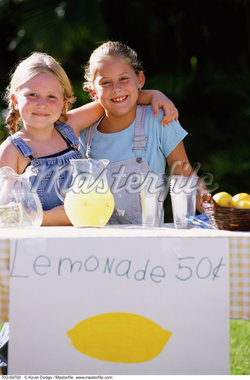 Portrait of Two Girls at Lemonade Stand    Stock Photo - Premium Rights-Managed, Artist: Kevin Dodge, Code: 700-00069792