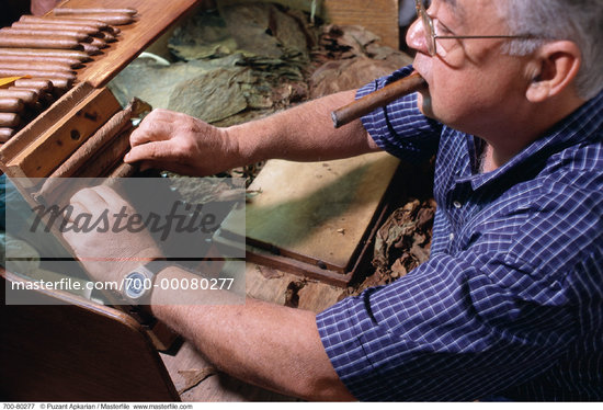 Mature Man Smoking And Rolling Cigars Havana, Cuba    Stock Photo - Premium Rights-Managed, Artist: Puzant Apkarian, Code: 700-00080277