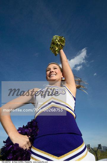 pics of teens in cheerleading