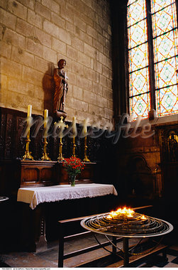 Interior of Notre Dame Cathedral, Paris, France    Stock Photo - Premium Rights-Managed, Artist: Ed Gifford, Code: 700-00556472