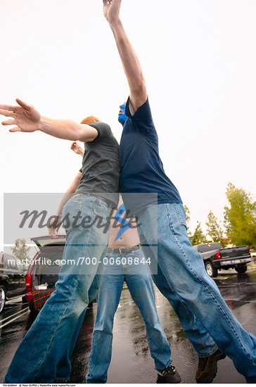 Sports Fans    Stock Photo - Premium Rights-Managed, Artist: Peter Griffith, Code: 700-00608844