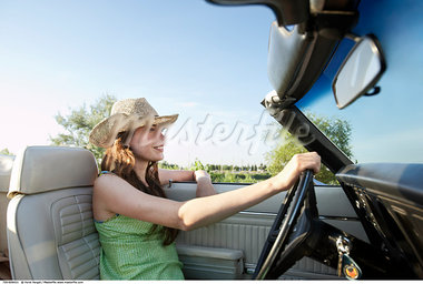 Woman Driving Convertible    Stock Photo - Premium Rights-Managed, Artist: Horst Herget, Code: 700-00609421