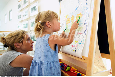 Mother and Daughter Colouring    Stock Photo - Premium Rights-Managed, Artist: Roy Ooms, Code: 700-00616900