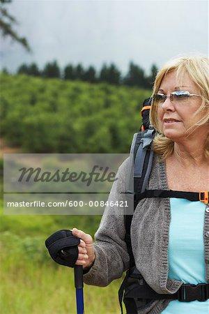 Femme de randonnée