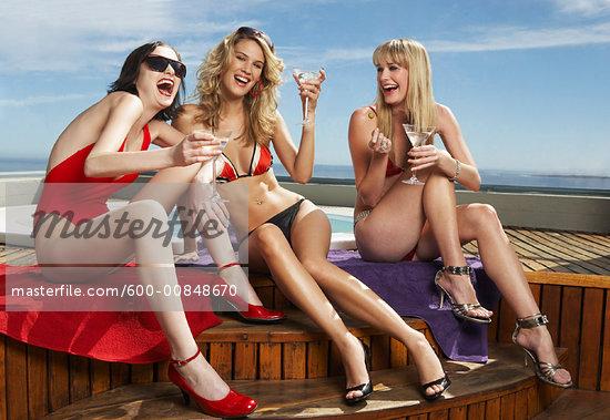 ... legs smile mixing drink alchohol sexy bikini sexy female sexy group sexy ...