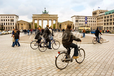 Pedestrians and Cyclists around City Square, Pariser Platz, Berlin, Germany    Stock Photo - Premium Rights-Managed, Artist: Damir Frkovic, Code: 700-00934145