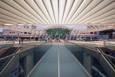 Gare do Oriente, Parque das Nacoes, Lisbon, Portugal    Stock Photo - Premium Rights-Managed, Artist: Graham French, Code: 700-01029949