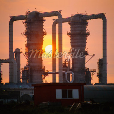 Refinery Towers at Dusk    Stock Photo - Premium Rights-Managed, Artist: Ben Seelt, Code: 700-01072709