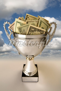 U.S. Currency in Silver Cup    Stock Photo - Premium Royalty-Free, Artist: Keith Neale, Code: 600-01100179