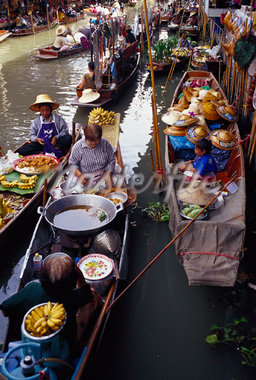 Floating Market, Bangkok, Thailand    Stock Photo - Premium Rights-Managed, Artist: Brian Sytnyk, Code: 700-01111587