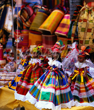 Dolls Dressed in Guadeloupean Costume at Market, Guadeloupe, Antilles    Stock Photo - Premium Rights-Managed, Artist: Alberto Biscaro, Code: 700-01183625