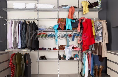 Closet    Stock Photo - Premium Rights-Managed, Artist: Masterfile, Code: 700-01185171