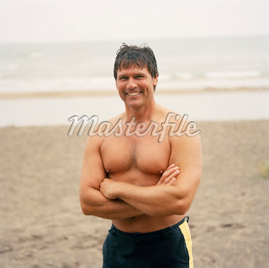 Portrait of Man on Beach    Stock Photo - Premium Rights-Managed, Artist: Derek Shapton, Code: 700-01459120