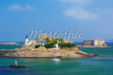 Lighthouse and Chateau, Bay of Morlaix, Brittany, France    Stock Photo - Premium Rights-Managed, Artist: JW, Code: 700-01695366