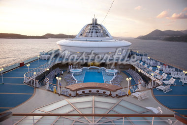 Deck of Cruise Ship in Morning    Stock Photo - Premium Rights-Managed, Artist: Derek Shapton, Code: 700-01792309