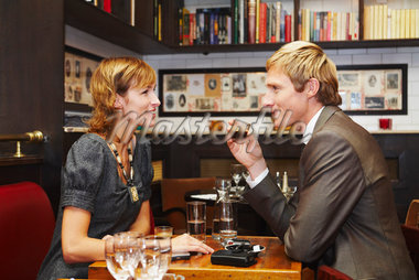 Couple in Restaurant    Stock Photo - Premium Royalty-Free, Artist: Masterfile, Code: 600-01827682