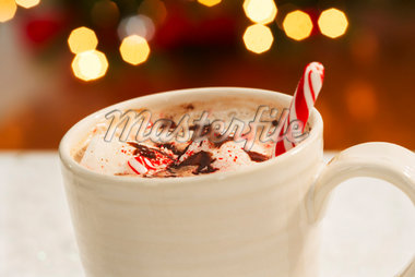 Hot Chocolate With Candy Cane    Stock Photo - Premium Royalty-Free, Artist: Masterfile, Code: 600-01838230