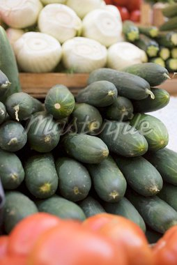 Cucumbers, in a pile, at a market Stock Photo - Premium Royalty-Freenull, Code: 659-01858801