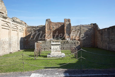 Temple of Genii Augusti, Pompeii, Italy    Stock Photo - Premium Rights-Managed, Artist: Derek Shapton, Code: 700-01955702