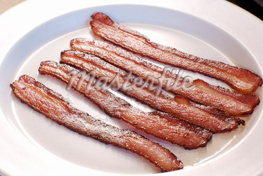 Bacon on a Plate    Stock Photo - Premium Rights-Managed, Artist: Ron Fehling, Code: 700-02063941