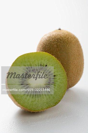 Whole kiwi fruit - Tuinman fiber ...