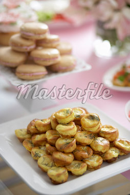 Party Buffet, Cheese and Dill Puffs, Meringue Cookies    Stock Photo - Premium Royalty-Free, Artist: Michael Alberstat, Code: 600-02686133