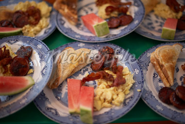 Bacon, Scrambled Eggs and Toast    Stock Photo - Premium Rights-Managed, Artist: Derek Shapton, Code: 700-02738061