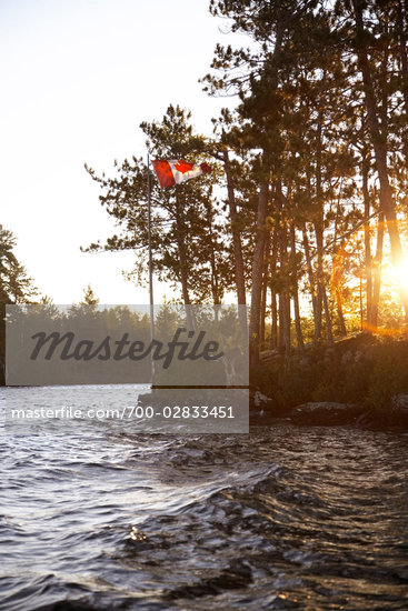 Canadian Flag, Lake, Ontario, Canada Stock Photo - Premium Rights-Managed, Artist: Derek Shapton, Code: 700-02833451